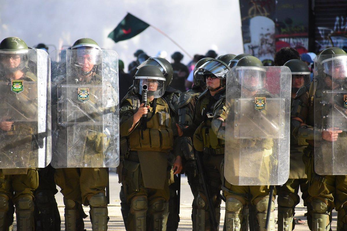 Prensa independiente contra la represión enChile