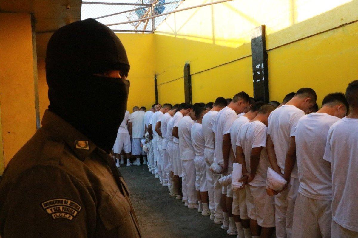 Moronga: Centroamérica forzada a laparanoia